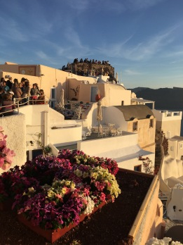 Buttload of people in Santorini
